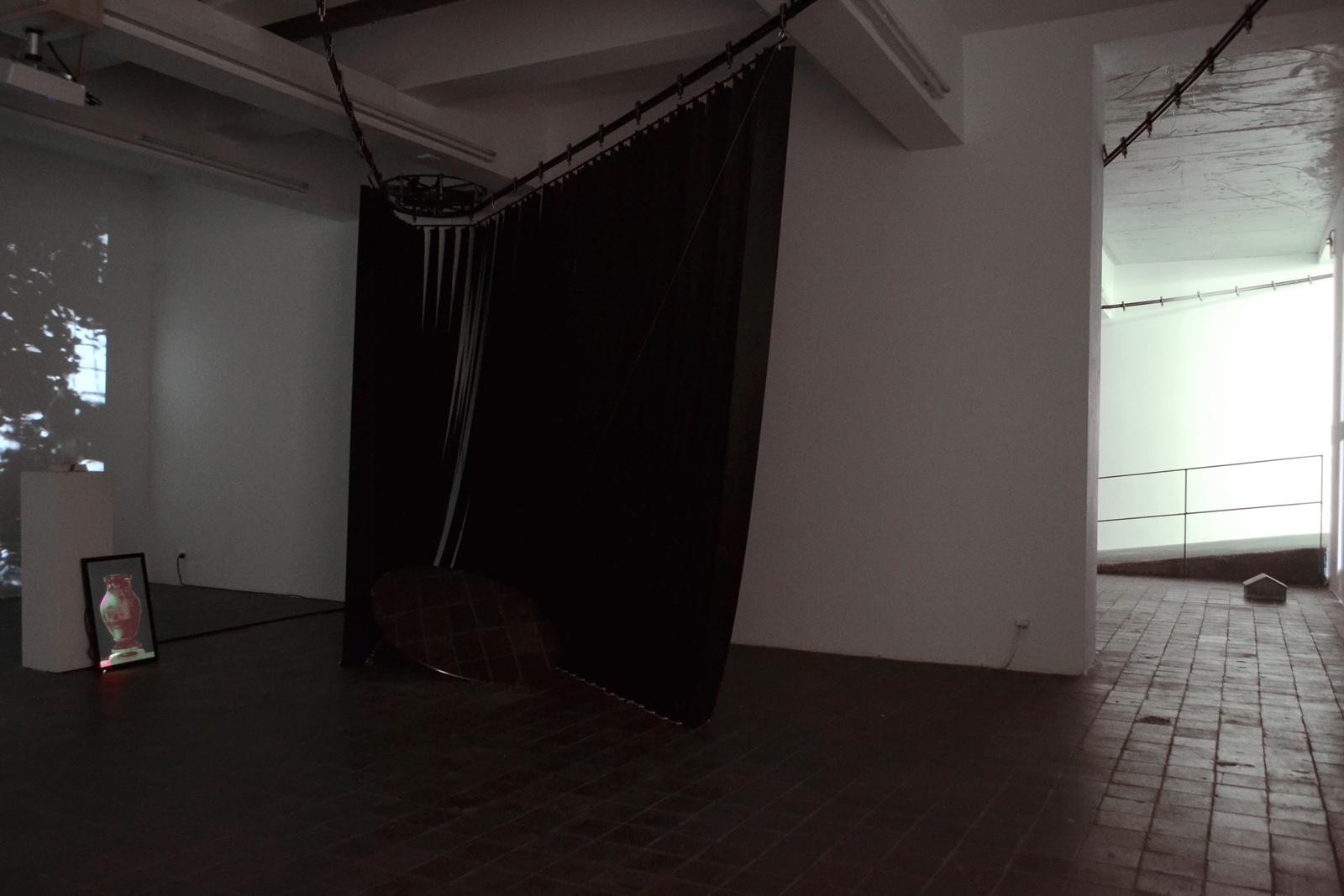 stay hungry Pätzug/Hertweck Revisionsklappe @ c/o Kunstpunkt Berlin Art Week Michel Aniol Meike Kuhnert