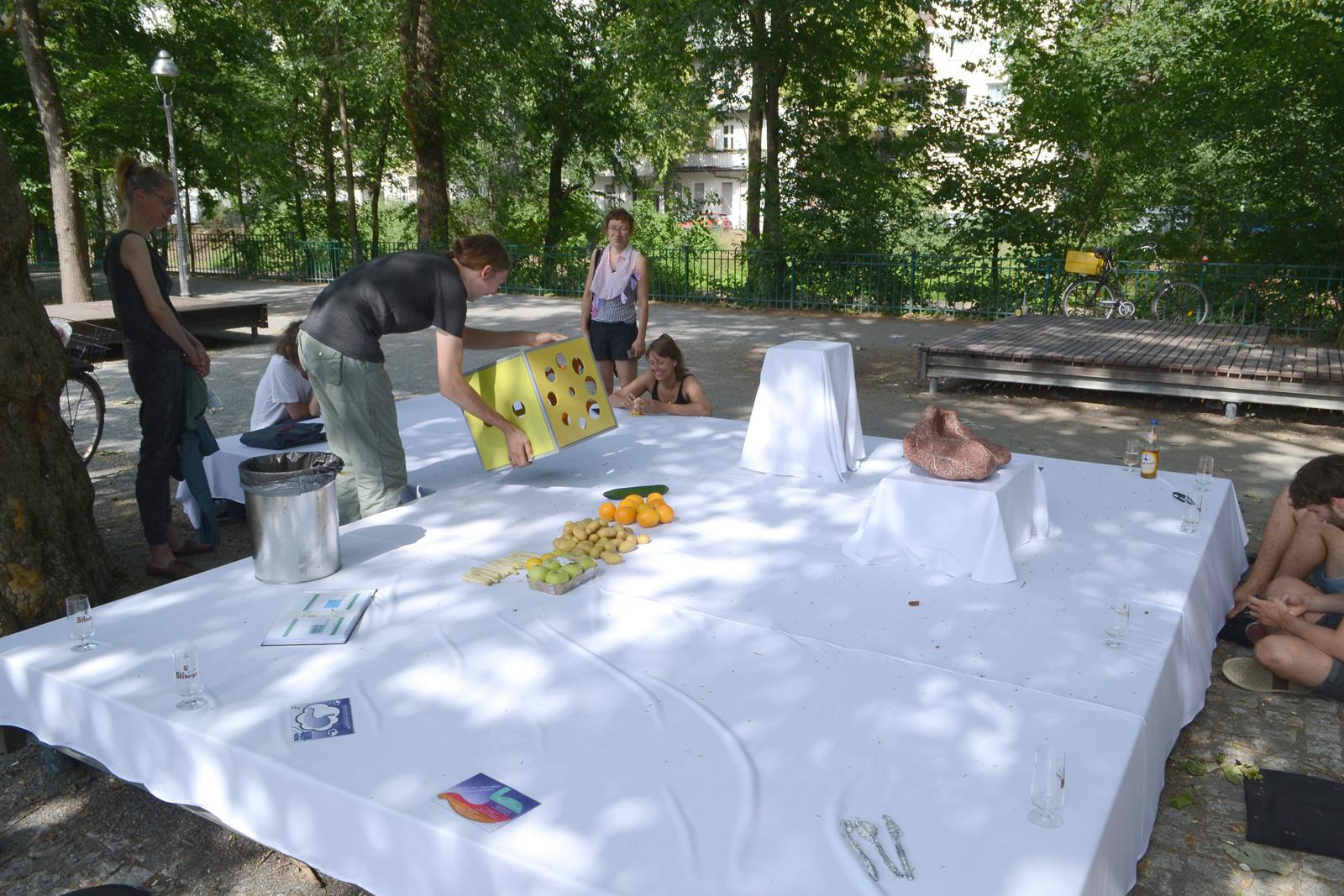 Josh Zielinski Elia Nurvista Imelda Mandala Stephan Zandt Uli Westphal stay hungry Mobile Menu #09 @ Project Space Festival Berlin 2019 Michel Aniol Meike Kuhnert