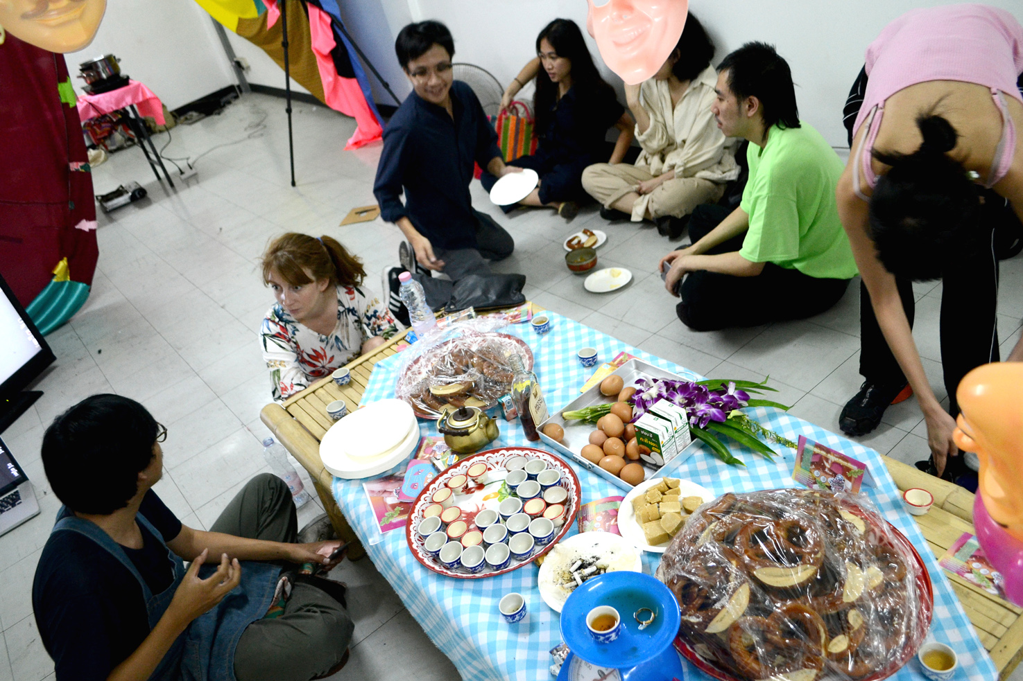 stay hungry sangnual lap Bangkok Berlin art project space food culture intervention Michel Aniol Meike Kuhnert Thailand